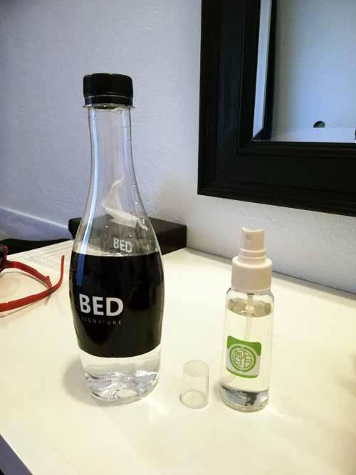 アルコール消毒液のスプレーボトル