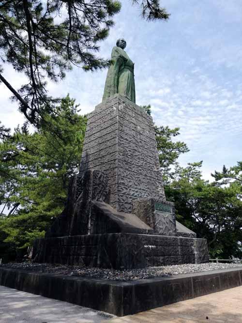 桂浜の銅像